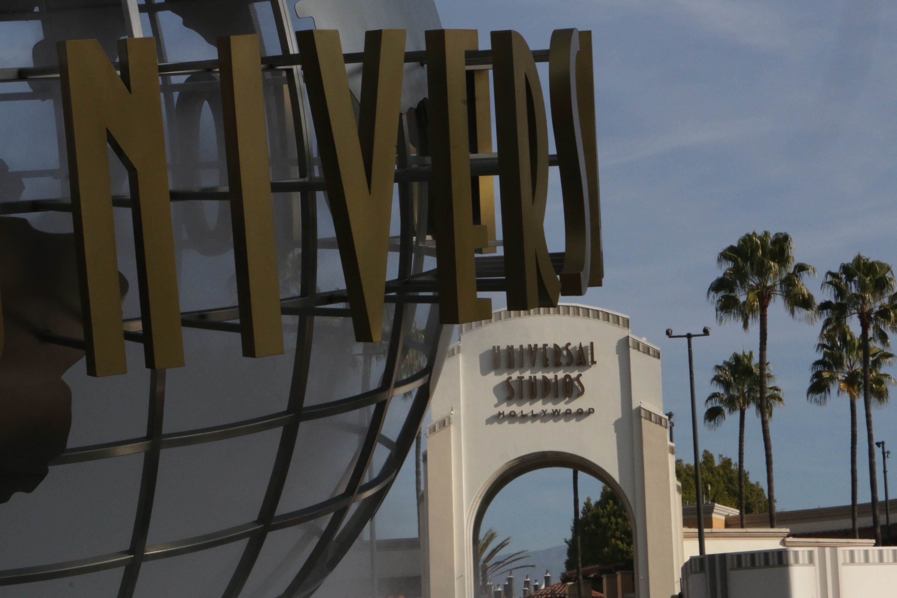 Universal raises ticket prices and introduces new premium annual pass