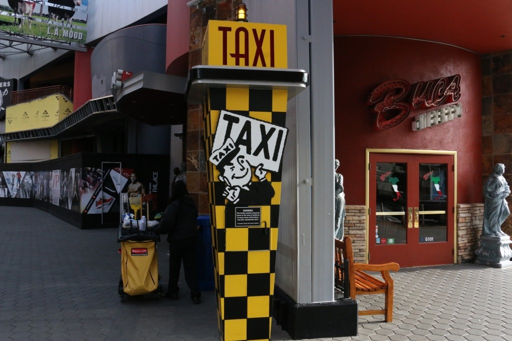 Universal Citywalk Taxi Stand