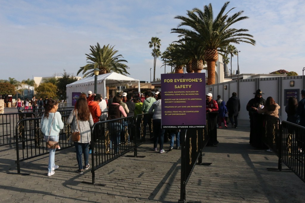 Entrance to Universal Security Screenings.